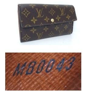SOLD!🌸NOT AVAILABLE 🌸 Louis Vuitton Sarah Wallet